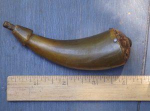 Small Revolutionary War Era Pistol Primer Powder Horn-4″